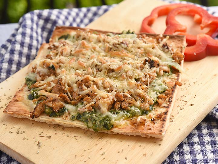 Sausalito Chicken Flatbread