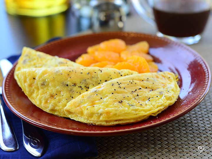 Turkey Sausage & Cheese Omelet